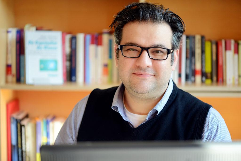 Kamuran Sezer, Herausgeber signals.observer und Inhaber von futureorg Institut